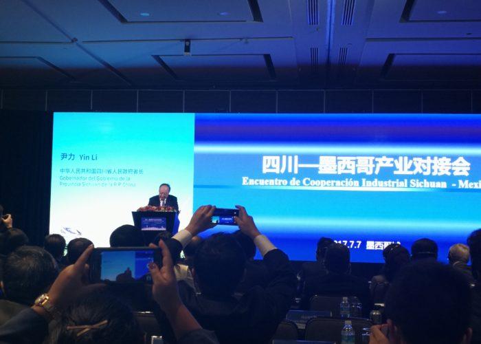 YinLi - Gobernador de Sichuan