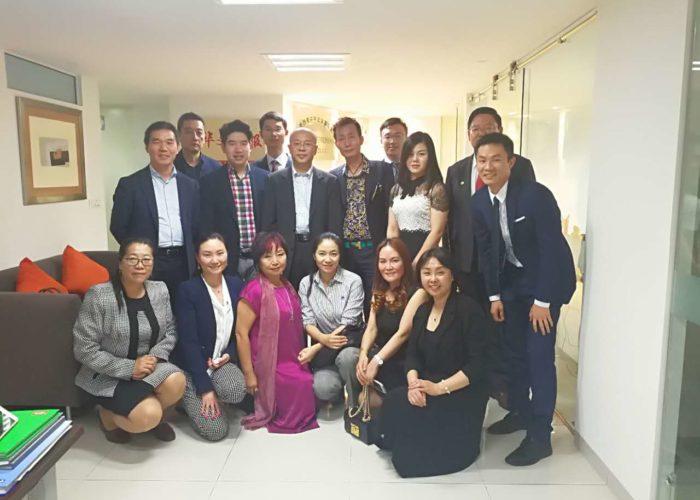 Visita del Sr. Zhang Yi, subdirector de la división de la oficina de Asuntos de Chinos de Ultramar del Consejo Nacional